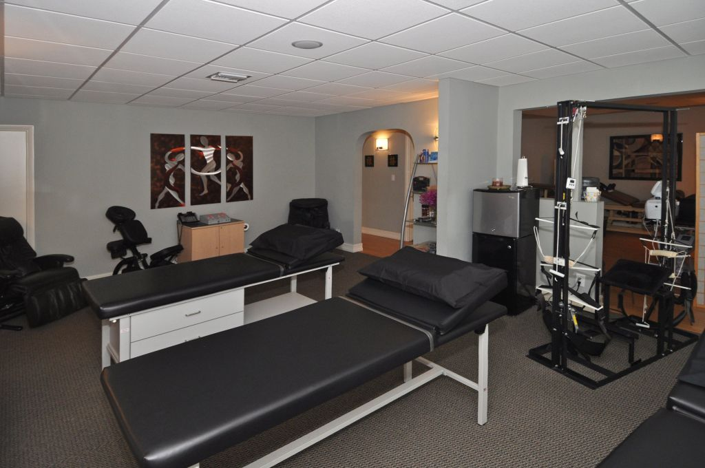ft lauderdale chiropractic treatment room 3